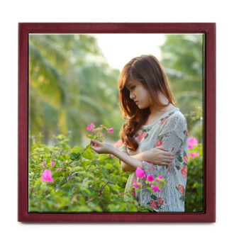8'' x 8'' Personalized Photo Printed Ceramic Tile (with Wooden Frame)